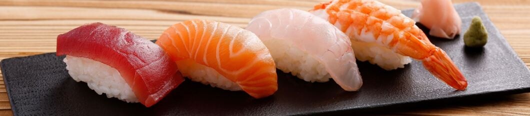 https://mastercatering.hr/wp-content/uploads/2020/04/sushi-meal-MASTER-catering-GASTRO.jpg